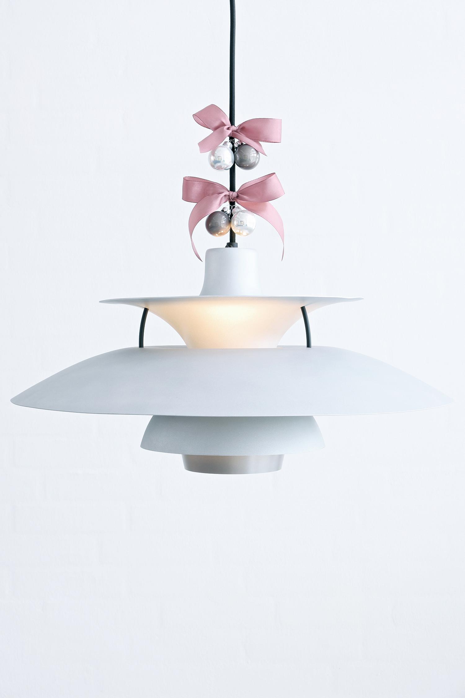 sidste chance vind ph5 lampe julie monberg. Black Bedroom Furniture Sets. Home Design Ideas
